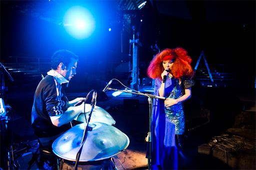 bjoerk_rehearsalmanchester2011 © http://www.manudelago.com/eng/optics.htm